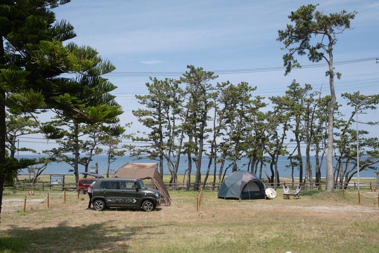 海辺でオートキャンプ